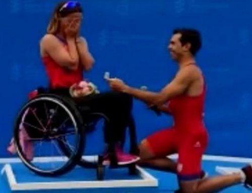 Η συγκινητική πρόταση γάμου σε παραπληγική αθλήτρια στο πόντιουμ!