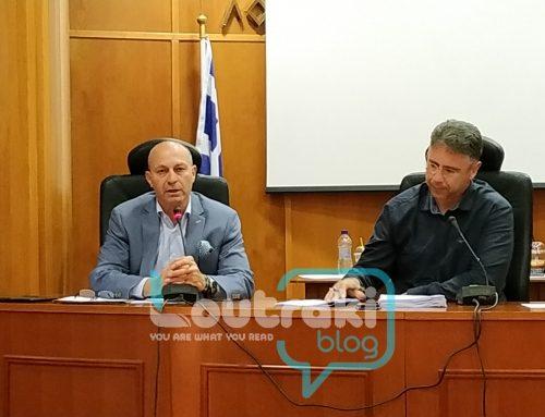«Μπαρούτι» το δημοτικό συμβούλιο Λουτρακίου. Διέκοψε ο Πρόεδρος τη συνεδρίαση