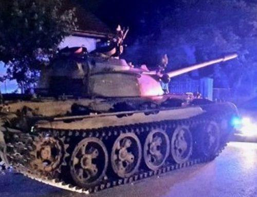 Πολωνία: Μεθυσμένος οδηγούσε σοβιετικό τανκ στο κέντρο της πόλης