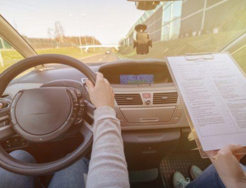 Το πρώτο ατύχημα με το νέο σύστημα εξέτασης υποψηφίων οδηγών!