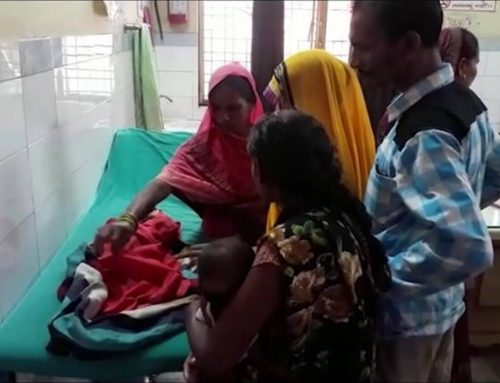 Ινδία: Γυναίκα γέννησε μωρό με τρία κεφάλια (φωτό)