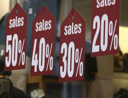 Ξεκίνησαν οι καλοκαιρινές εκπτώσεις – Παράταση ζητούν οι έμποροι