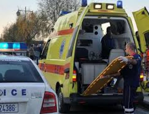 """Μοτοσικλετιστής """"καρφώθηκε"""" σε φορτηγό στο Βραχάτι"""