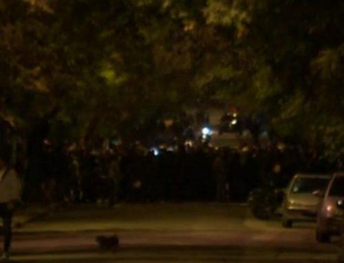 Ένταση στο Πολυτεχνείο – Φοιτητές απέκρουσαν αντιεξουσιαστές που προσπάθησαν να μπουν