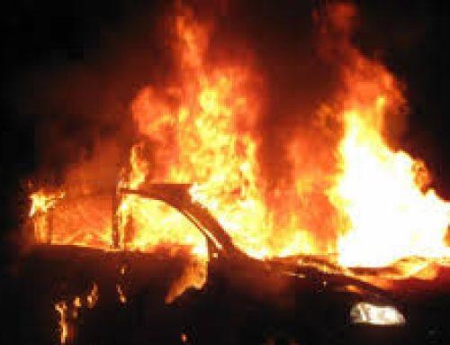 Μπαράζ εμπρηστικών επιθέσεων στην Αττική, κάηκαν αυτοκίνητα