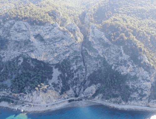 """""""Φαράγγι Μύλων"""": Ο άγνωστος επίγειος παράδεισος της Αττικής που δημιούργησε το """"τέρας των Αλκυονίδων"""" (video)"""