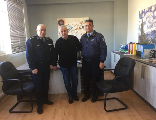 Συνάντηση του Δημάρχου Βέλου Βόχας με τον Αστυνομικό Διευθυντή Κορινθίας Χ. Τετράδη και τον Διοικητή του Αστυνομικού Τμήματος K. Κωνσταντόπουλο