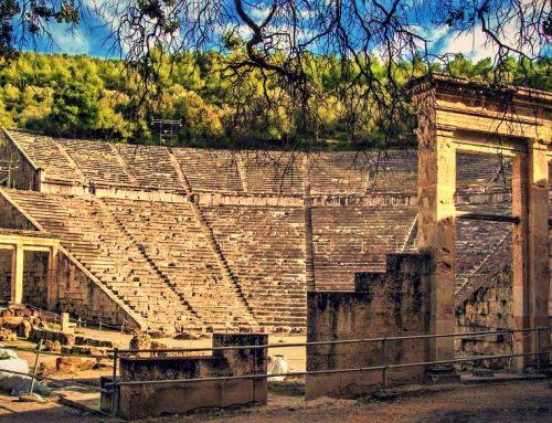 """Το National Geographic κατατάσσει το αρχαίο θέατρο της Επιδαύρου στα 15 μουσικά """"θαύματα"""" του κόσμου"""