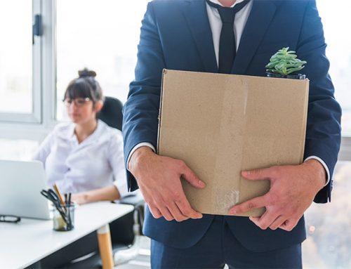 Απολύσεις χωρίς περιορισμό για τον ιδιωτικό τομέα