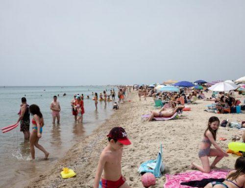 Τουρισμός: Ο κίνδυνος να χαθεί ένα ακόμη καλοκαίρι – Φάρμακο το διαβατήριο υγείας