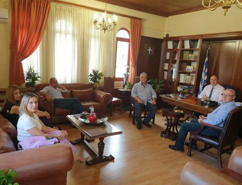Συνάντηση των Προέδρων των Εμπορικών Συλλόγων με τον Αντιπεριφερειάρχη Τάσο Γκιολή