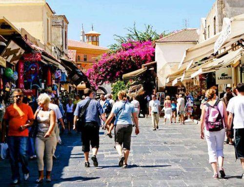Κρατική κάλυψη 100% των εργοδοτικών εισφορών στον τουριστικό κλάδο