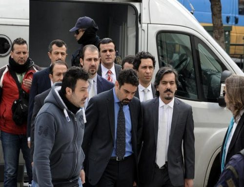 Η Άγκυρα επαναφέρει το ζήτημα της έκδοσης των οχτώ Τούρκων αξιωματικών λόγω της σημερινής επετείου