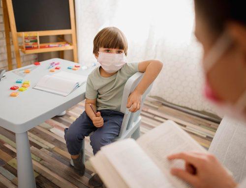 Σπ. Σεραφείμ: Ποιοι επιστήμονες; Οι μανούλες του Facebook ξέρουν για τη μάσκα