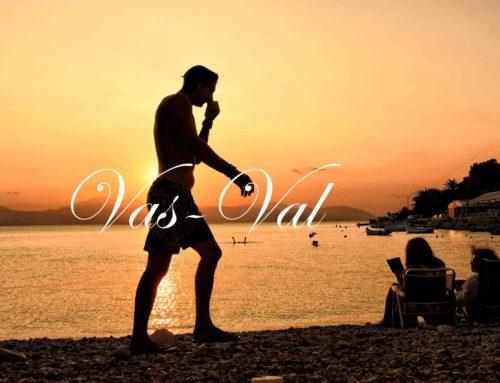Αποχαιρετώντας το καλοκαίρι με ηλιοβασίλεμα στον Κορινθιακό (εικόνες)