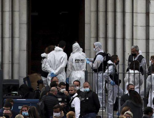 Τρεις αιματηρές επιθέσεις στη Γαλλία, έγινε στόχος φανατικών (φωτο,video)