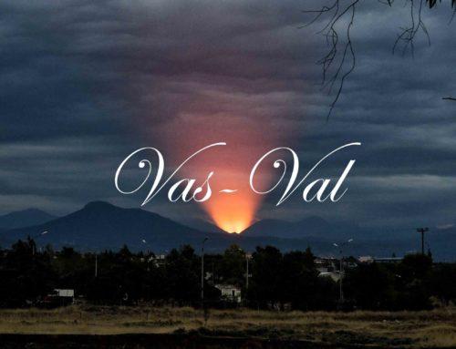 Κόρινθος: Σαν ηφαίστειο που ξεσπά το ηλιοβασίλεμα (υπέροχες εικόνες)