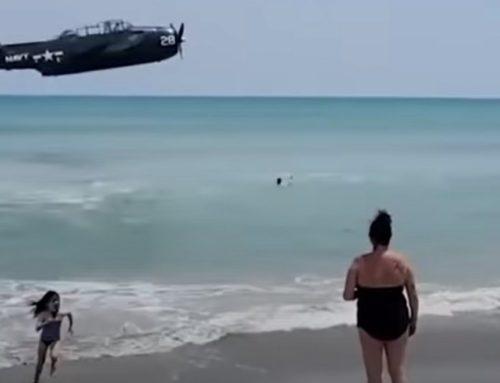 Φλόριντα: Αεροσκάφος έπεσε στη θάλασσα, σε παραλία με λουόμενους (video)