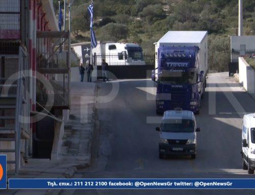 Self test: Με φορτηγά μεταφέρθηκαν σε αποθήκη της Αττικής – Αποκλειστικές εικόνες