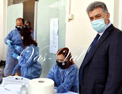 Κόρινθος: Παρουσία του Βασίλη Νανόπουλου μοιράστηκαν τρόφιμα σε οικογένειες