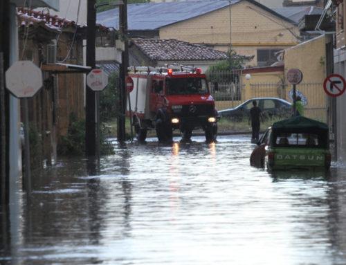 Προσομοίωση εκκένωσης λόγω πλημμύρας στο Αλεποχώρι από την Πολιτική Προστασία